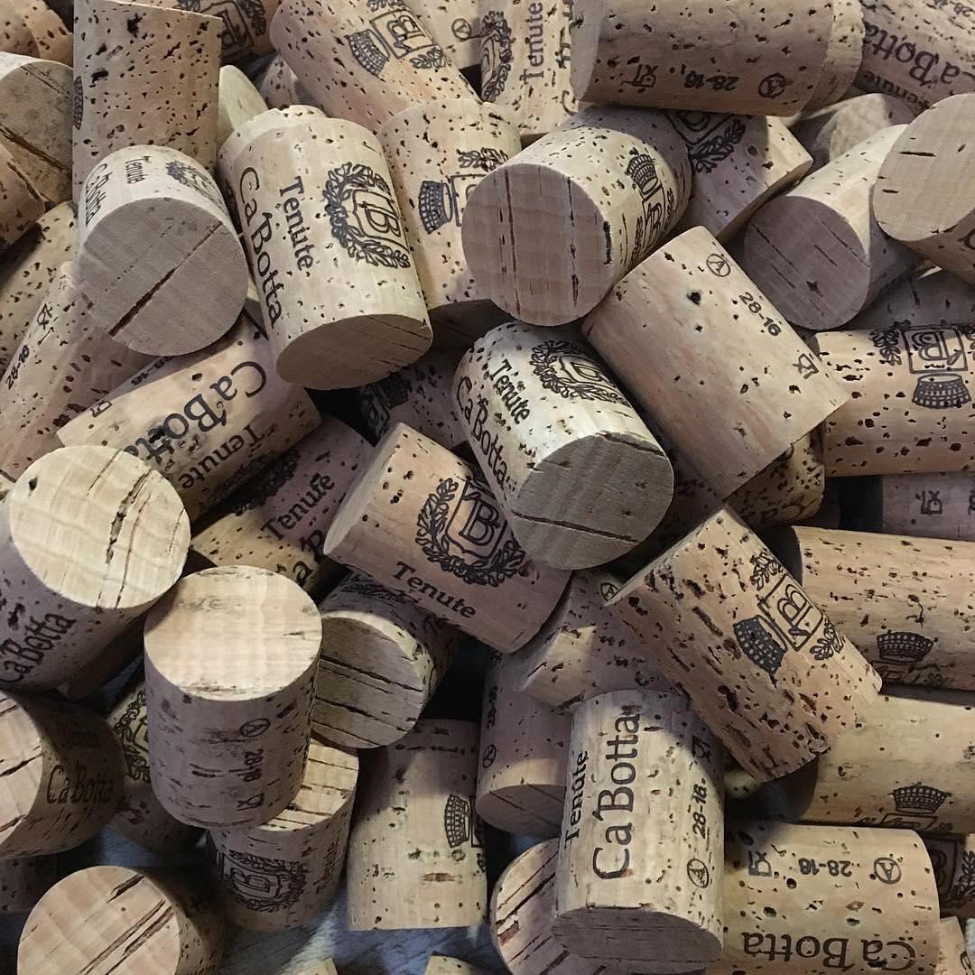 А в вашей коллекции винных пробок есть такие? ;) Ca'Botta #незарулем