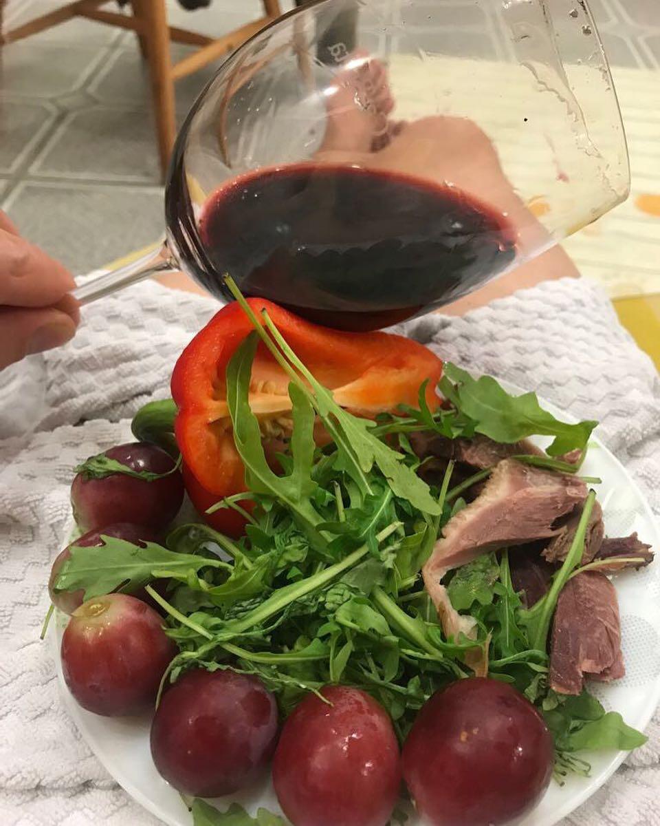 Отличное вино, лёгкая закуска — хороший вечер с Ca'Botta ?